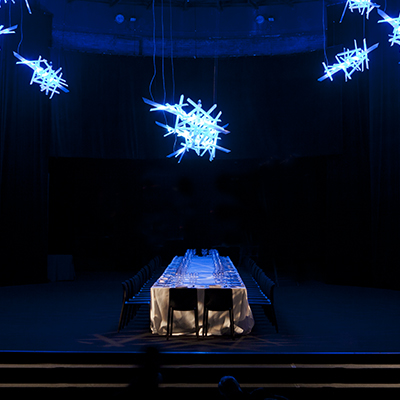 La Traviata erleuchtet den fuorisalone 2016