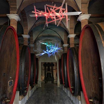 Die Kunstwerke von Wilson und Hadid zwischen den Weinkellern und -Schenken des Chiantis